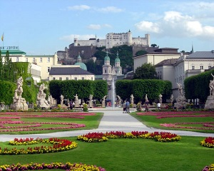 View_of_Salzburg_Fortress_from_Mirabell_Gardens