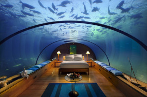 Conrad-Maldives-Underwater-Suite
