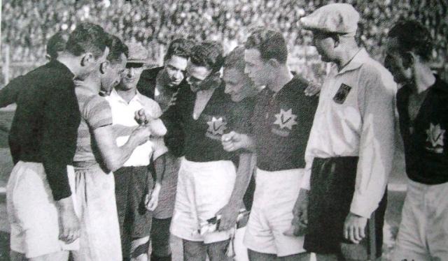 15-venus-19351