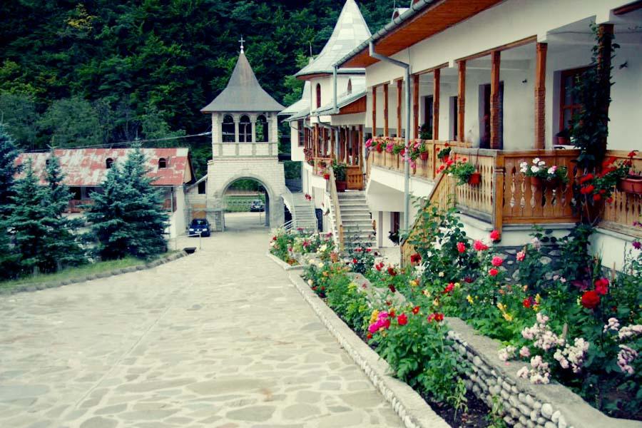 manastirea-ramet-3