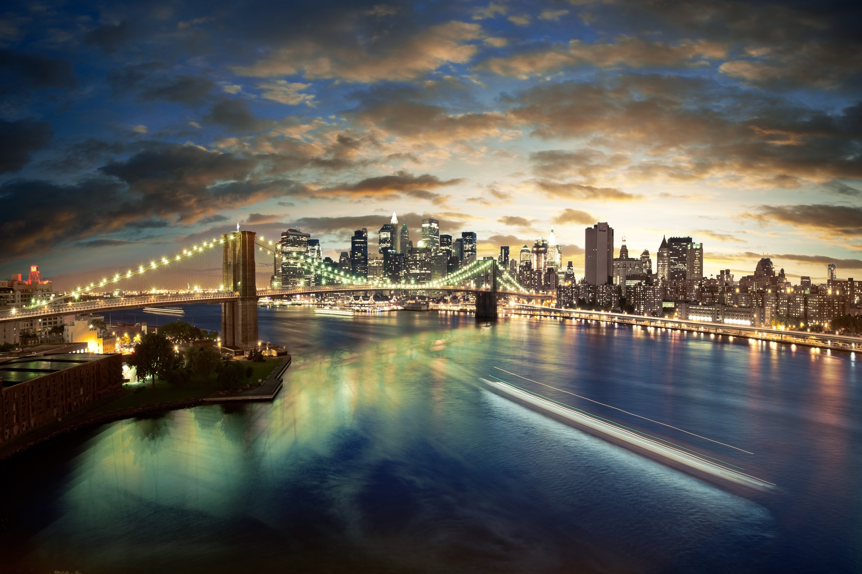 bigstock-Amazing-New-York-cityscape--t-28825247