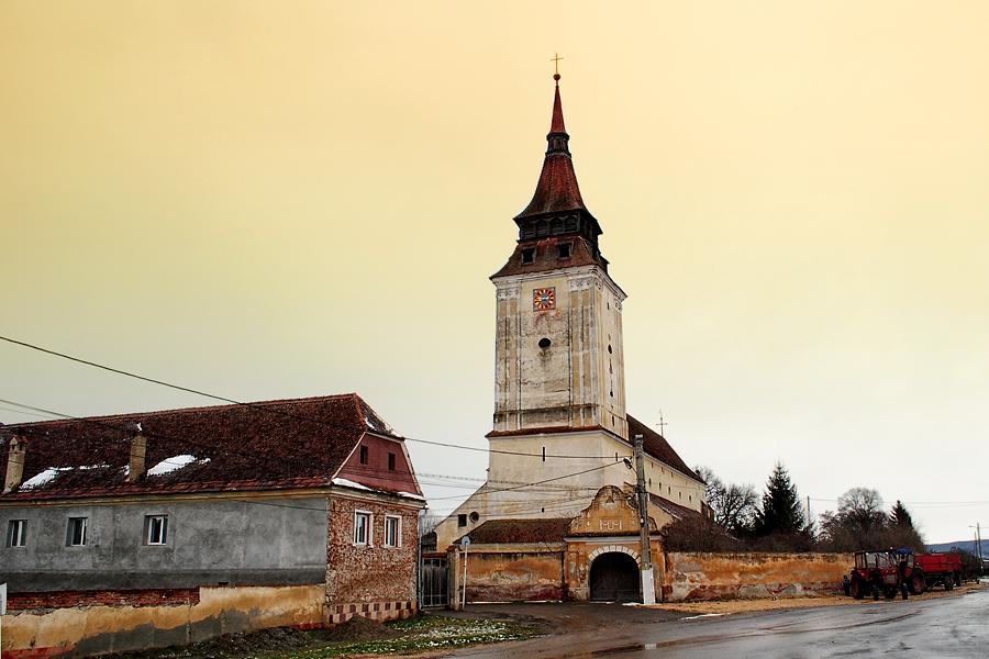 biserica-fortificata-feldioara-brasov-3
